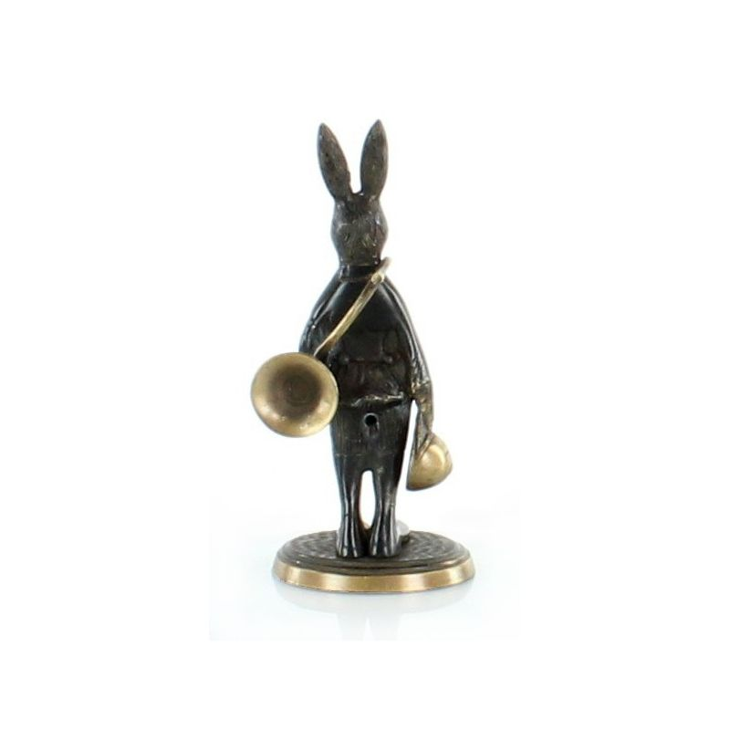 Hare with hunting horn