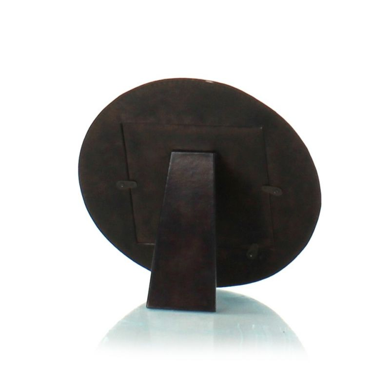 Round leather picture frame