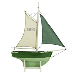 Green children's sailing boat HO3 - Magellan