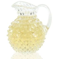 Crystal decanter with round diamond points