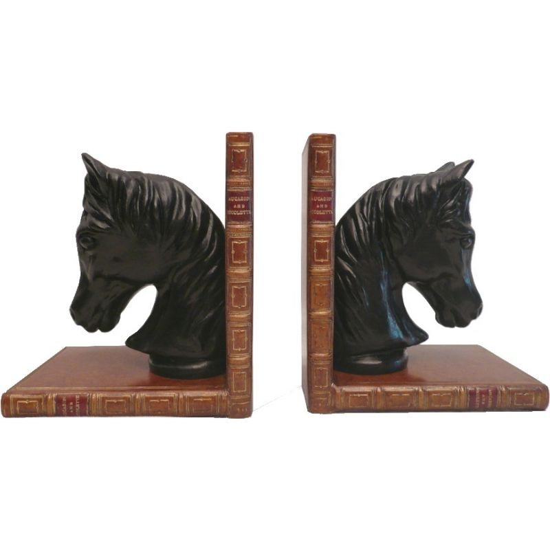 serre livres chevaux saulaie. Black Bedroom Furniture Sets. Home Design Ideas
