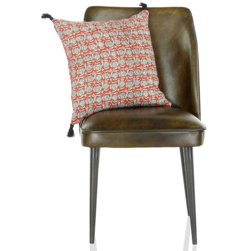 Chaise cuir olive, pieds noirs
